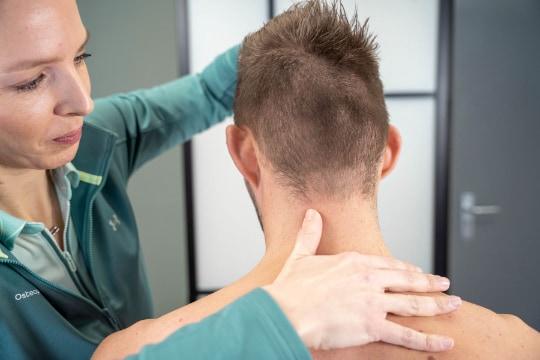 osteopaat-woerden-nekklachten